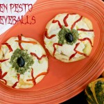Chicken Pesto Pizza Eyeballs #Recipe | SensiblySara.com