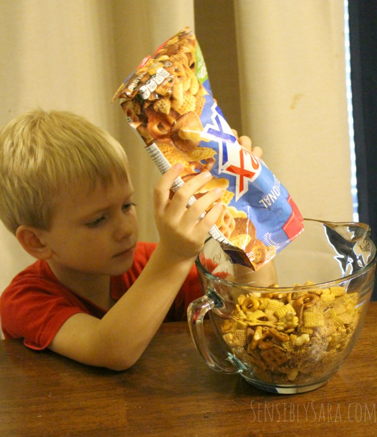 Kids in the Kitchen: Kentucky Bourbon Bacon Chex Mix® {+ #Giveaway ...