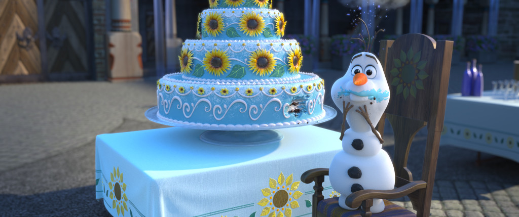 FROZEN FEVER - Olaf eats cake
