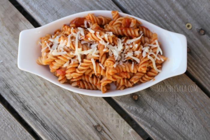 Van's Rotini in Red Sauce   SensiblySara.com