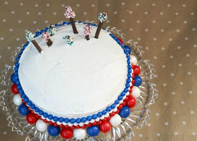 Patriotic Cake | SensiblySara.com