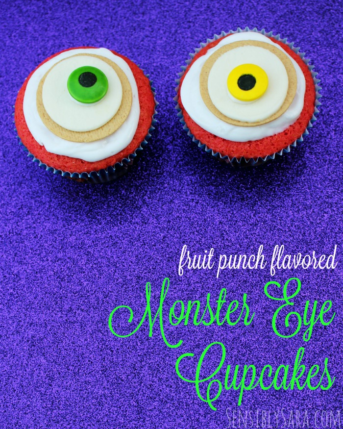 Monster Eye Halloween Cupcakes | SensiblySara.com