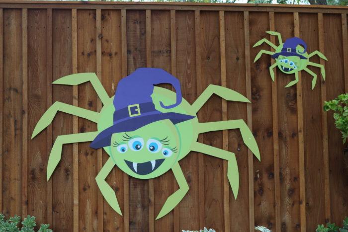 San Antonio Zoo Halloween Decorations | SensiblySara.com