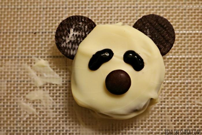 Panda Cookies Step 4 | SensiblySara.com