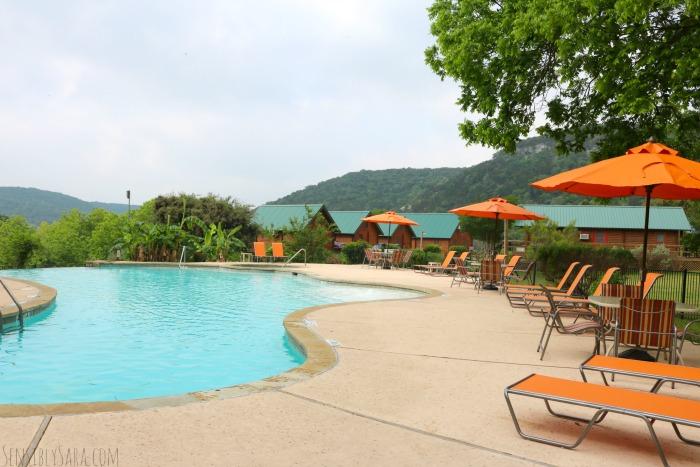 Medina Highpoint Pool | SensiblySara.com