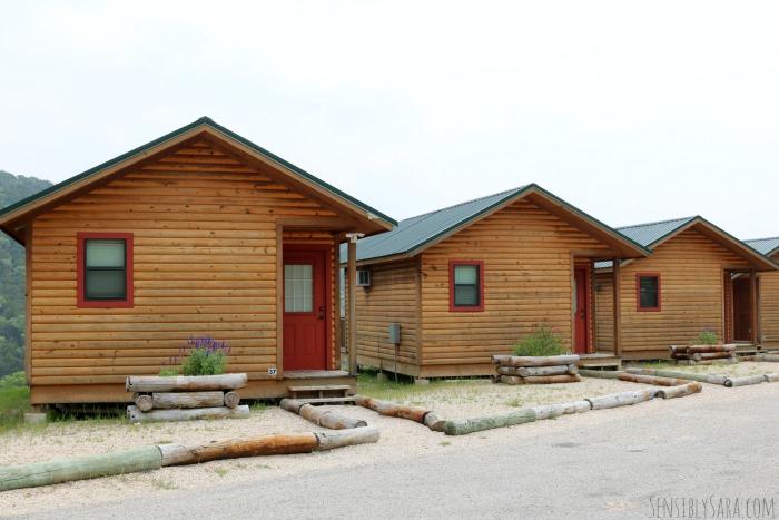 The View Cabins at Medina Highpoint | SensiblySara.com
