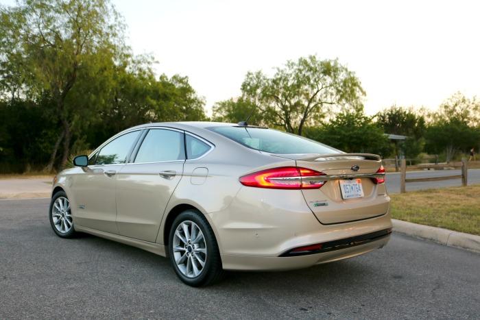 Ford Fusion | SensiblySara.com