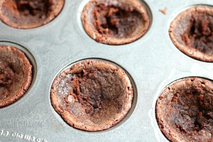 Brownie Base for Macaroons | SensiblySara.com