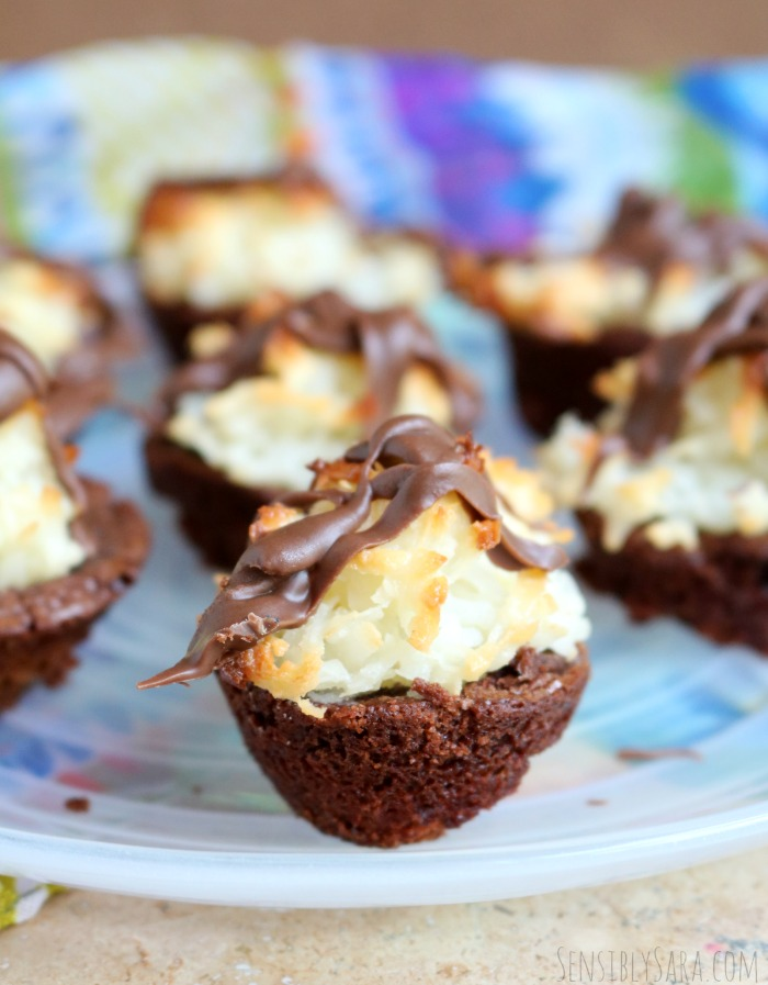 Coconut Macaroon Brownies   SensiblySara.com