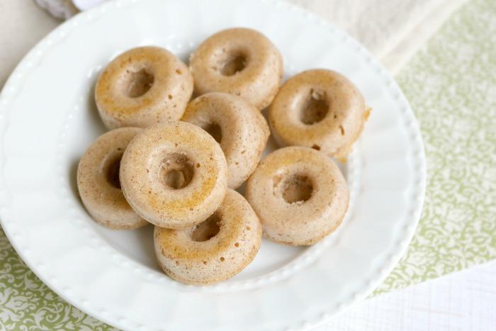 Mini Donuts Recipe | SensiblySara.com