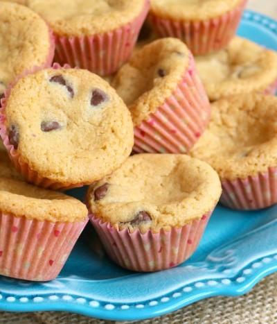 Chocolate Chip Cookie Cupcakes   SensiblySara.com