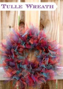 DIY: Fall Tulle Wreath #TurkeyTablescapes
