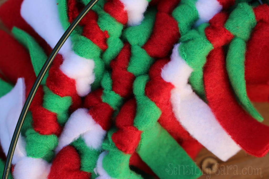 Rag Wreath - Back | SensiblySara.com