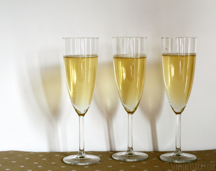 How to make mock-champagne | SensiblySara.com