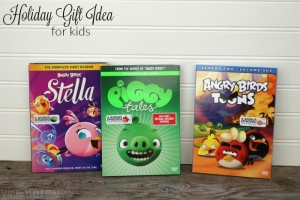 Holiday Gift Guide: Angry Birds Toons on DVD {#Giveaway}