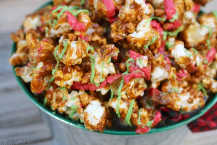 Gingerbread Popcorn Gift Idea | SensiblySara.com