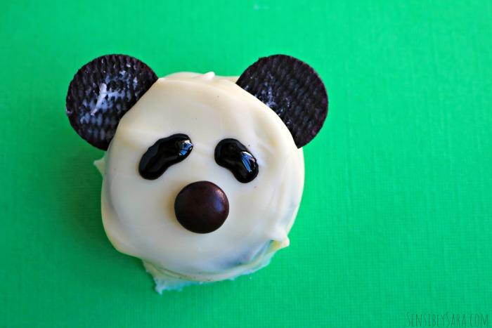 Finished Panda Cookies | SensiblySara.com