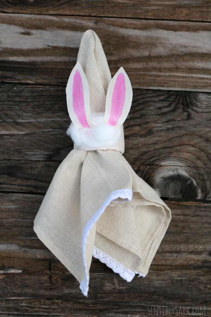 Bunny Napkin Ring Craft | SensiblySara.com