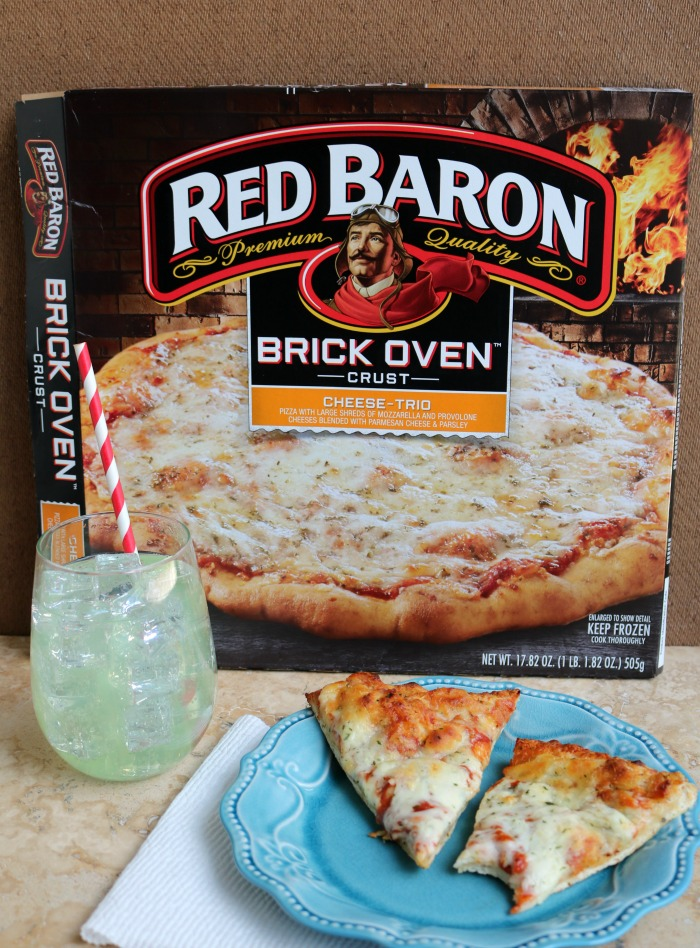 Red Baron® Pizza for Lunch | SensiblySara.com