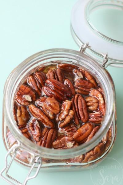 Mesquite Flavored Honey Soaked Pecans | SensiblySara.com