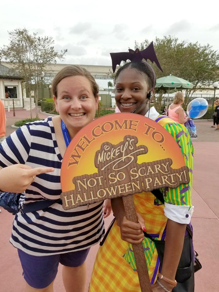 Guide to Mickey's Not So Scary Halloween Party   SensiblySara.com