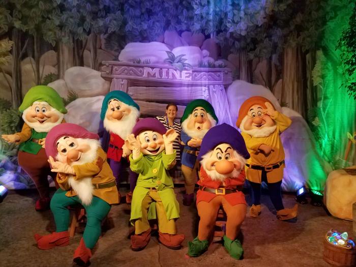 Sara and the Seven Dwarfs at Mickey's Not So Scary Halloween Party   SensiblySara.com