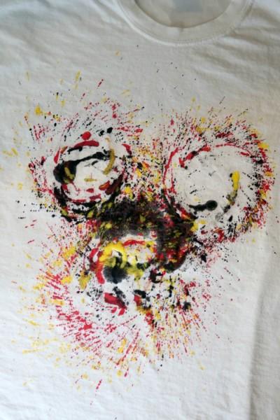 Mickey Mouse T-Shirt Tutorial | SensiblySara.com