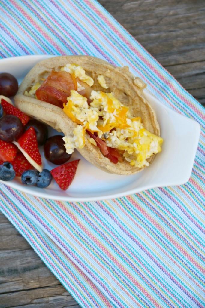 Eggo Nutri Grain Waffle Tacos | SensiblySara.com