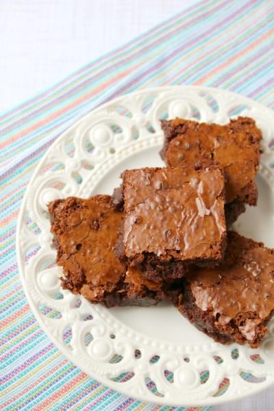 Paleo Brownies Recipe | SensiblySara.com