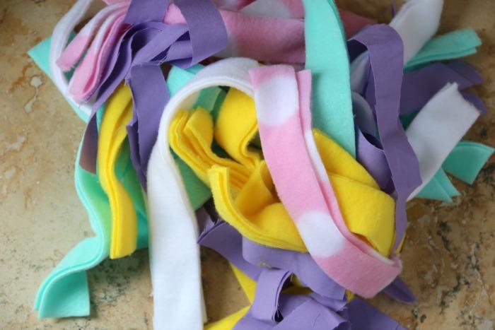 Rags for a Rag Wreath | SensiblySara.com