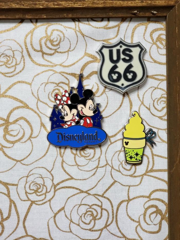 Simple Disney Pin Display   SensiblySara.com