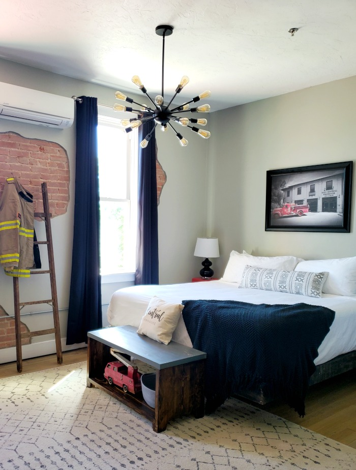 Old Central Firehouse Bed and Brew - The Locker Room | SensiblySara.com